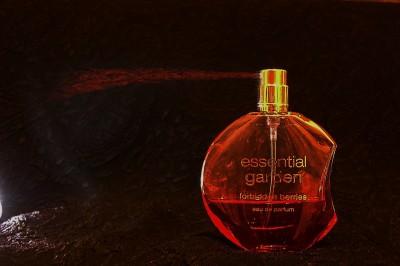 perfume-251868_1280